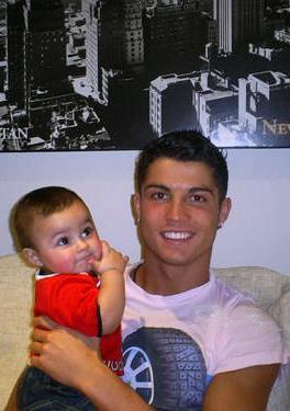 Cristiano Ronaldo: J'ai un petit garçon !!