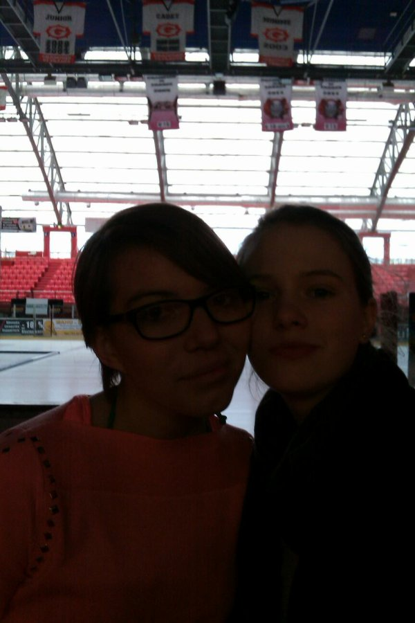 Melo & moi à la patinoire..(: