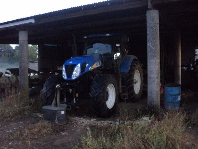 new holland t 7050 en stage