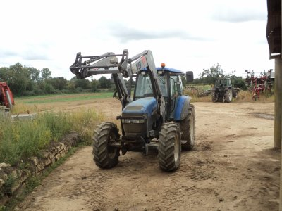 new holland tm 120 et charrue 5 corps goizin