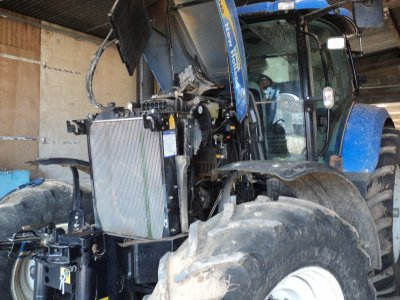new holland t 7040 en panne en stage