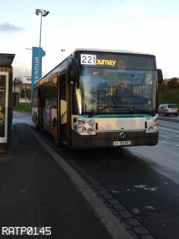 La 5311 de la GMR sur le 221
