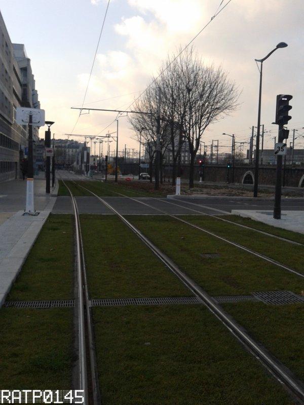 T3b Elia Fitzgerald {Grands Moulins de Pantin} - Porte de Villette Métro {Cité des Sciences et de L'industrie}