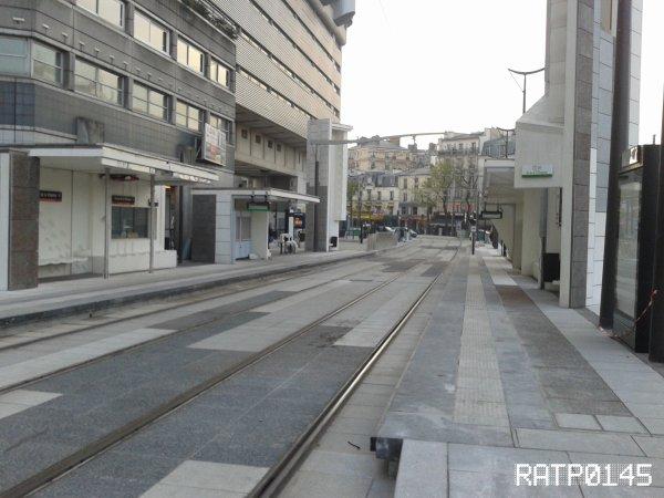 T3b Porte de Villette Métro {Cité des Sciences et de L'industrie} ( Partie 1 )