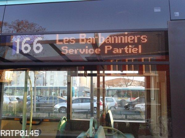 T3b - Porte de la Chapelle Métro ( Partie 1 )