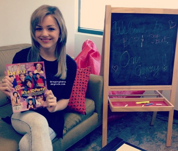 9/02/13 : Oana était au Disney Valentine Day (les photos viennent de sortir).D'autre photo seront ajoutez