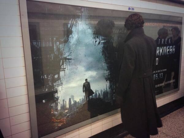 Benedict Cumberbatch dans le tournage de la saison 3 : on ne s'en lasse pas !