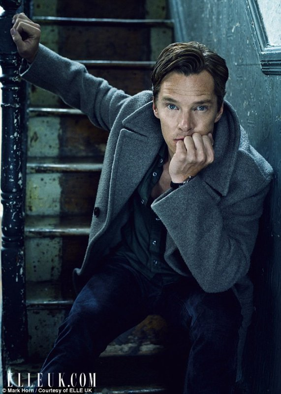 Benedict Cumberbatch pose pour ELLE UK : photos et vidéos !