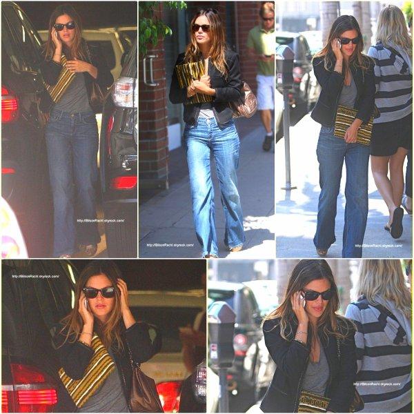 ► Candids  Beverly Hills, Usa ♦ 16.09.10 Rachel s'est rendue dans un cabinet de médecin.