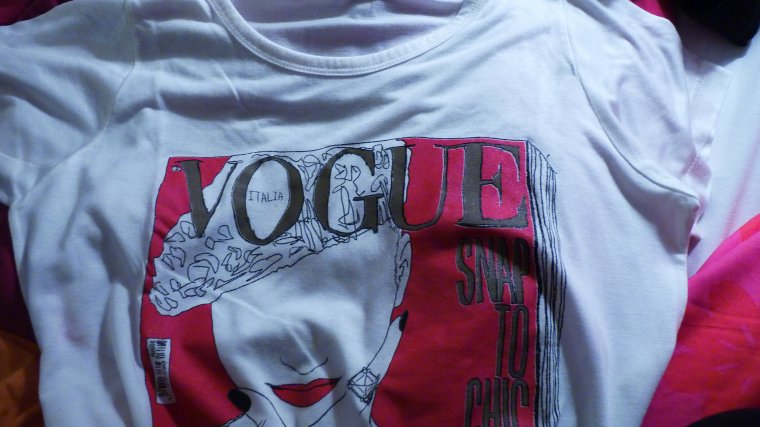 T shirt vogue