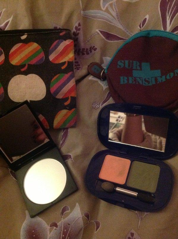 Pochettes bensimon + miroir et make up