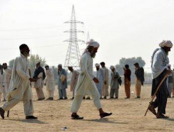 """Washington inscrit les Taliban pakistanais sur sa """"liste noire"""" des organisations terroristes"""
