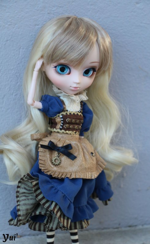Séance photo de ma nouvelle Pullip : Alice In Steampunk World