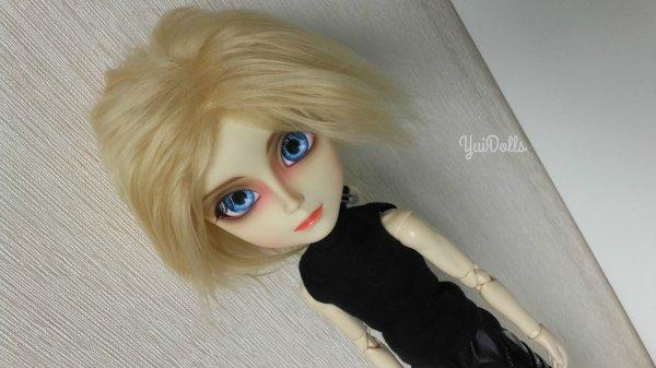 Séance photo de Mikaela Hyakuya ! **