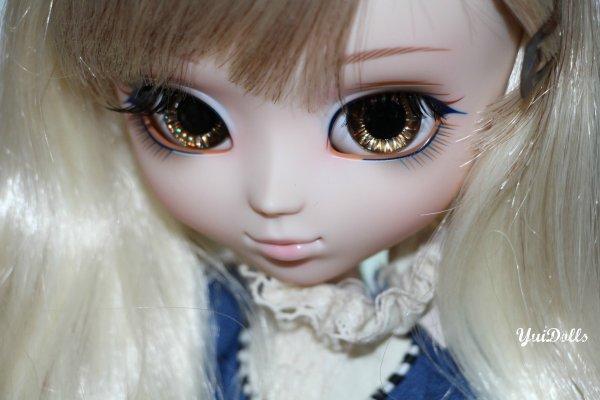 Saya avec ses eyes chips temporaire ! :D + autres~