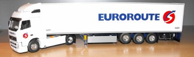 VOLVO FH  460CV SEMI FRIGO CHEREAU  TRANSPORTS  EUROROUTE