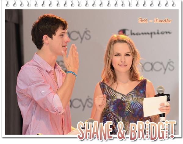 . « Bridgit au défilié de mode & évenement musical de Macy à NY  avec Shane Harper ce 17 Juillet »      .