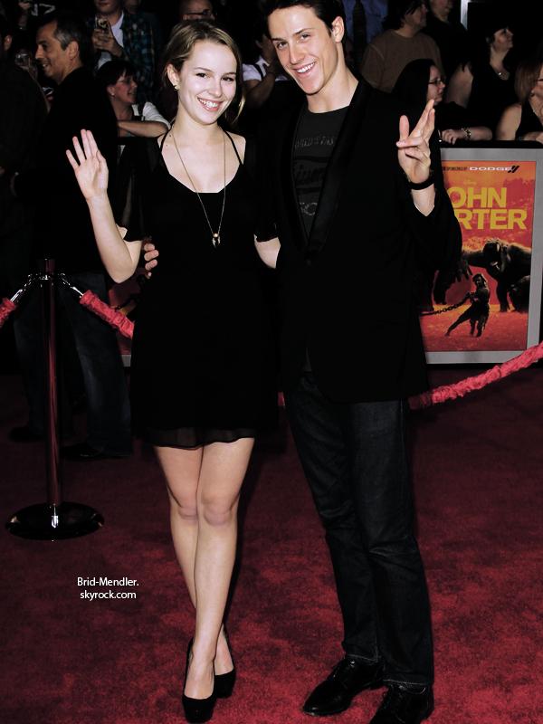 .        « Bridgit et Shane Harper était invités à la première du film John Carter ce  22 février.  »                 .