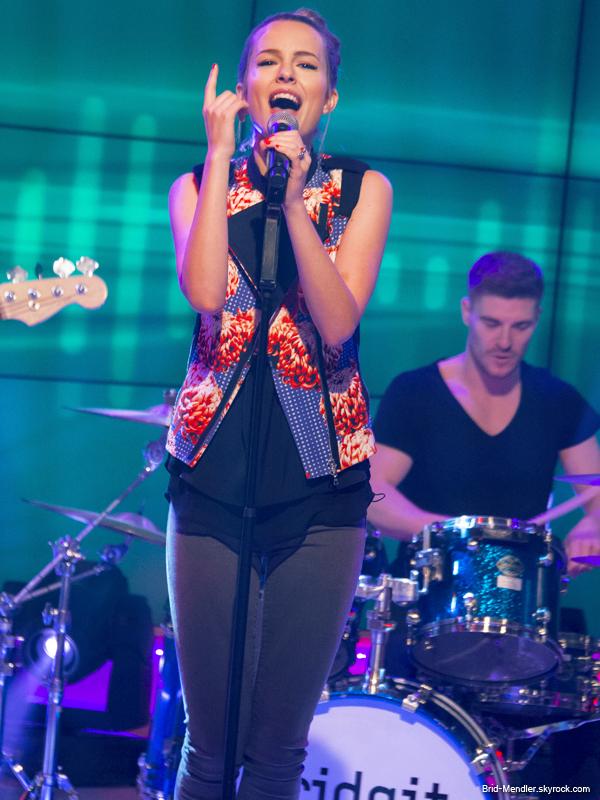 21 Juin 2013 | Bridgit était sur le plateau de DayBreak à Londres pour sa promo'