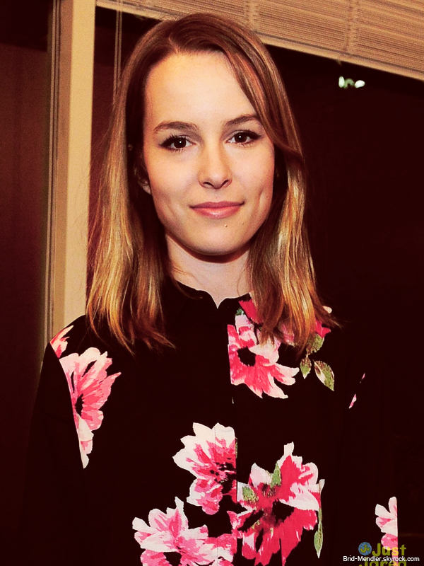 5 Décembre 2013 | Bridgit était au Because You Can Launch Event dans West Hollywood