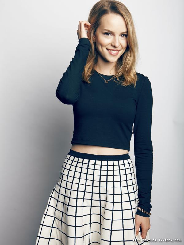 22 Août 2013 | Bridgit a posé pour Bliss Magazine dont elle fait la couverture, à New York