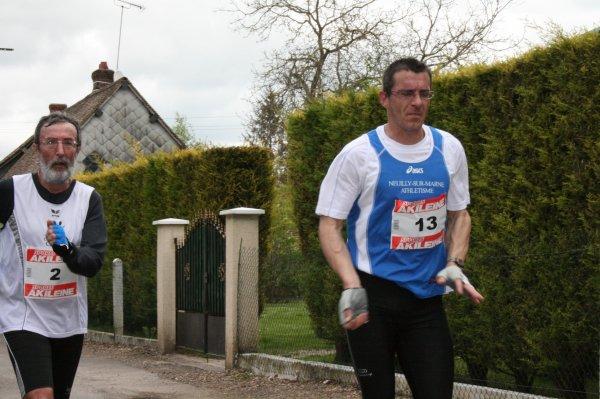 Dominique BUNEL (France) dossard n° 8 dans Paris-Colmar 2011