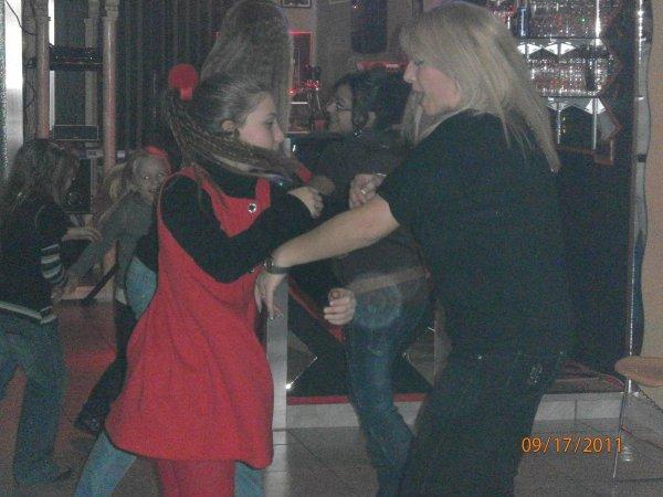 Une danse endiablée