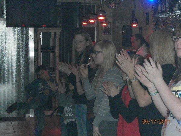Tout le monde danse