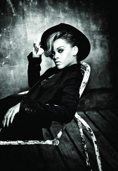 TALK THAT TALK  = 6 eme album ! version orginale ou deluxe dispo !!