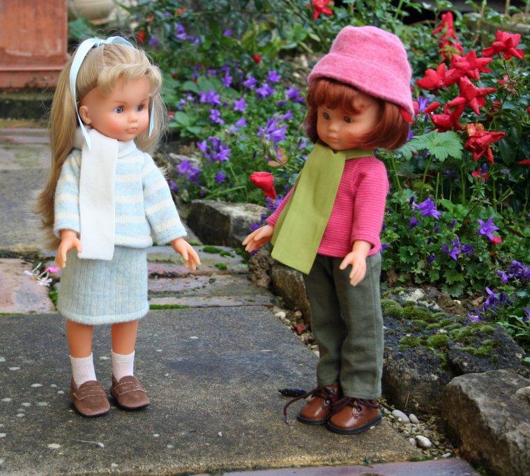 Clara dans les bois - Camille à la récré