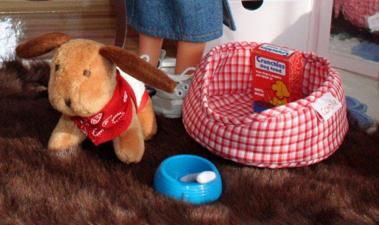 En 2002, Camille et Clara nous font découvrir leur petit monde