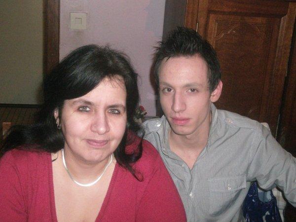 Ma mère et benoit ....