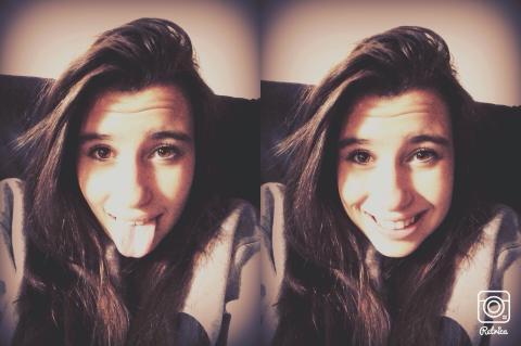 Tu me nique avec des mots je te baise avec le sourire