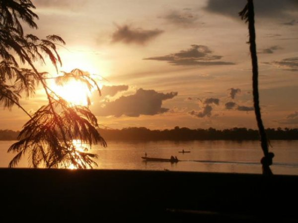 Un beau coucher du soleil au dessus du Congo