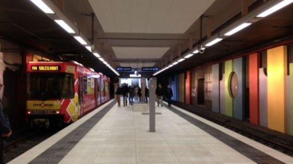Charleroi: le métro à l'arrêt à la suite d'un incendie