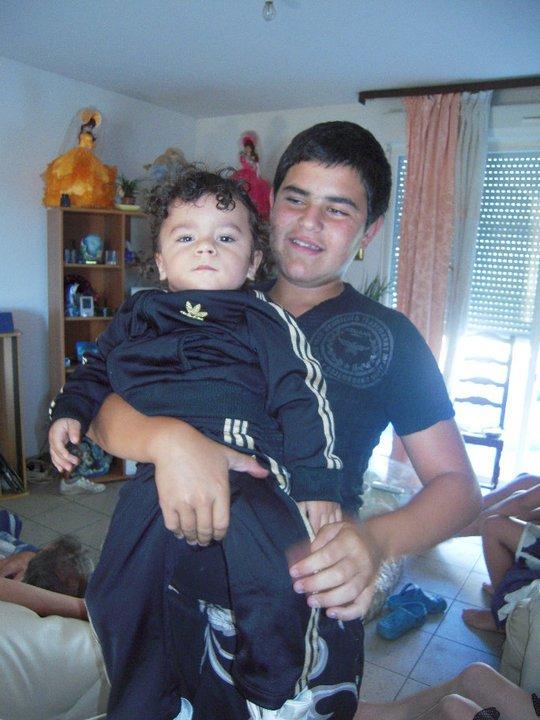 mon petit frere et mon fils