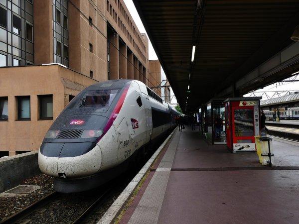 TGV 2N2 820