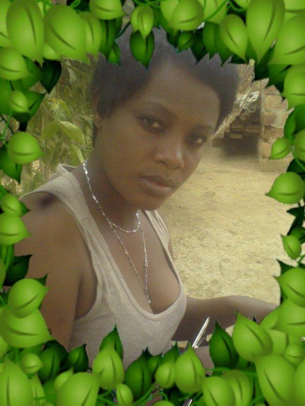 tres belle femme yafo