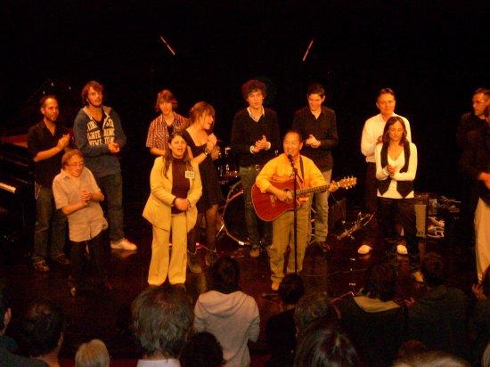 CONCERT DE SOUTIEN DU 16 OCTOBRE 2010 AU PERREUX SUR MARNE