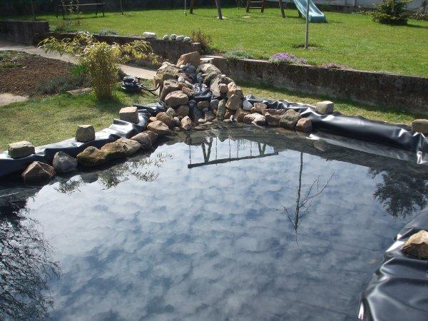 la construction de mon bassin début avril 2009 et surtout n'hésitez pas a laissé un commentaire!!!