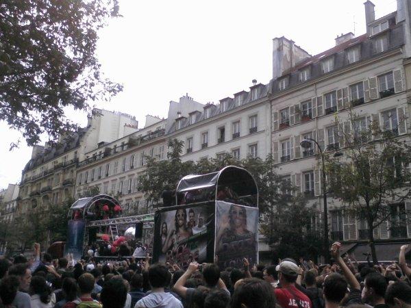 TECHNO PARADE PARIS 2011