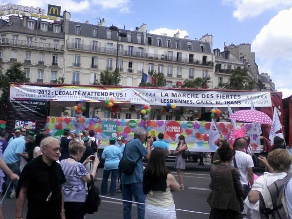 PARIS GAY PRIDE 2012