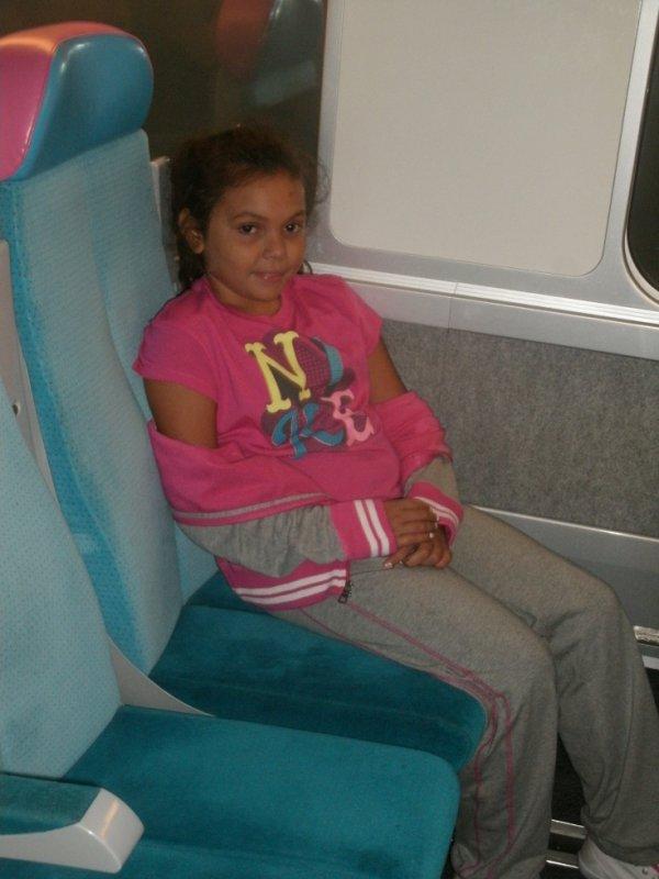 moi dans le train pour aller a PARIS