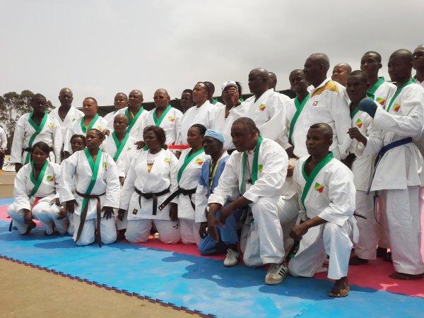 Photo de famille avec le président de la république du Congo