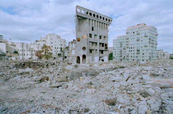 Le chantier de la cité des Poètes suspendu