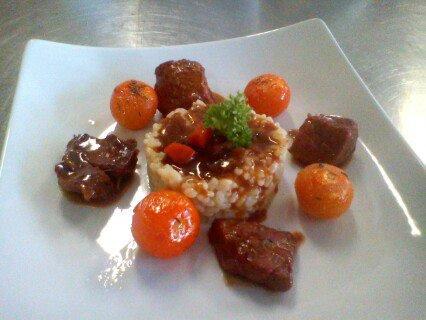 carbonnade  flamande riz tomate poele au miel et thyn