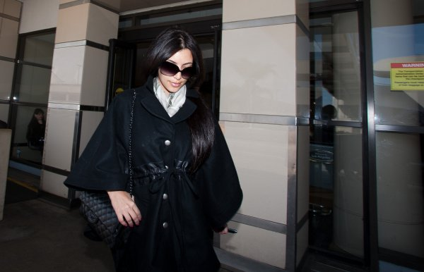 Kim at LAX (04/24)