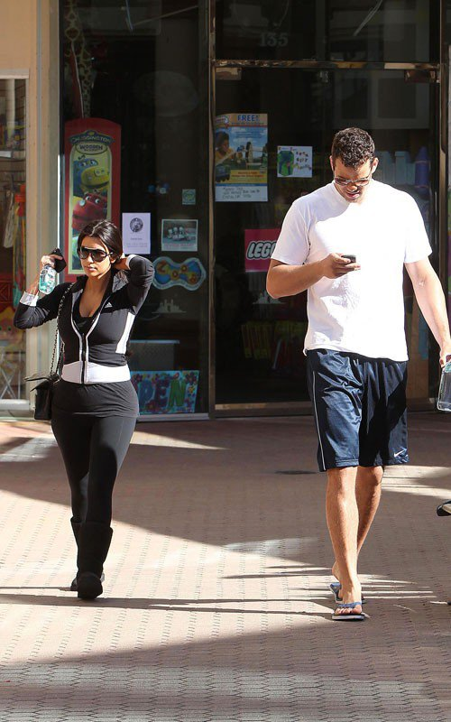 Kim out for a workout with Kris Humphries (04/27)