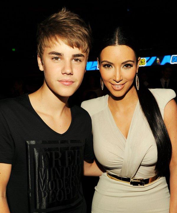 Kim  at the 2011 Do Something Awards (08/14)