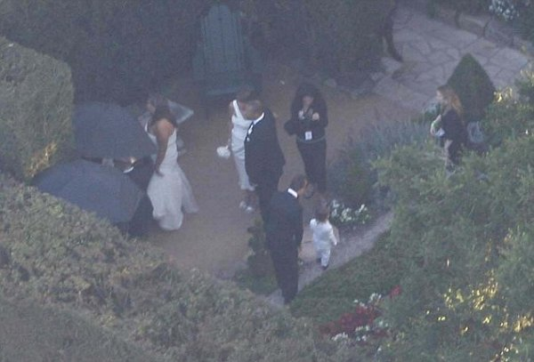 Kim & Kris Humphries are married !! (08/20)